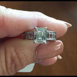 Jewelry - Swarovski Simulated Diamond Ring
